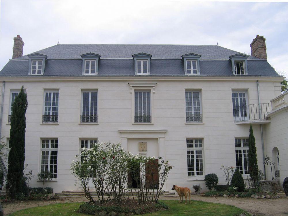 Grigny maison de ma tre xviiie monuments historiques for Accouchement difficile a la maison